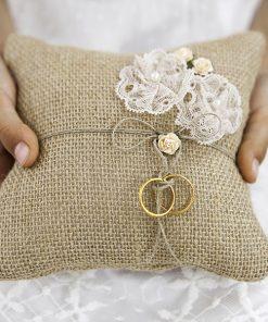 coussin alliances jute fleur dentelle mariage. Black Bedroom Furniture Sets. Home Design Ideas