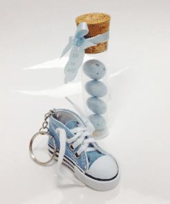dragées basket bleu ciel porte cles