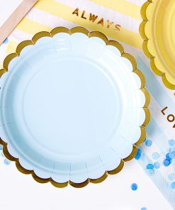 assiette bleu ciel et or