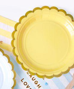 assiette jaune et or