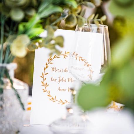 Decoration Bapteme Blanc Et Or 16 La Boite A Dragees