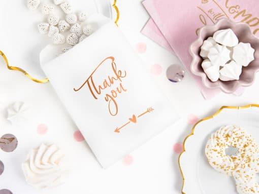 decoration blanc et rose gold cadeau invité